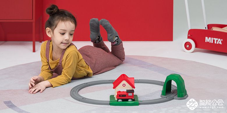 小朋友的新玩具 米兔轨道积木声光火车套装发布售99元 智能公会