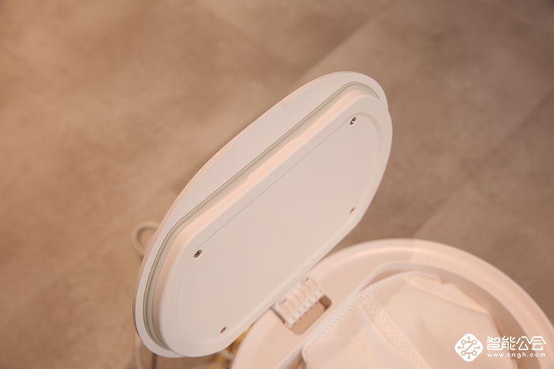 """联想智能扫地机器人打造专属 """"垃圾桶"""":自动集尘装袋 每月一提轻松抛弃 智能公会"""