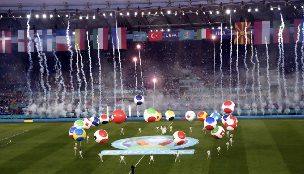 """用科技点燃欧洲杯,海信电视U7""""亮相""""罗马奥林匹克体育场 智能公会"""